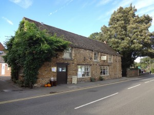 Oakham High Street - The Barn Restaurant