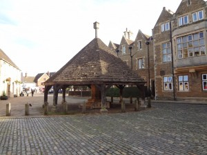 Oakham High Street - The Buttercross